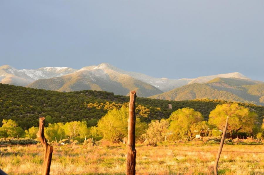 Experience taos nm from skiing to home buying goldmtn2 publicscrutiny Images